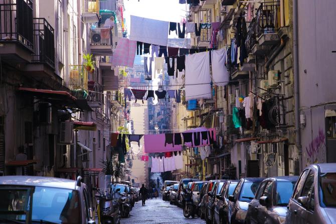 Economia Italiei pierde o sumă uriașă în economia subterană