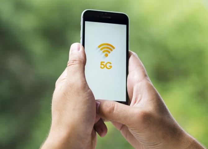 Licitaţiile de atribuire a frecvenţelor 5G pentru operatorii francezi de telecomunicaţii s-au încheia