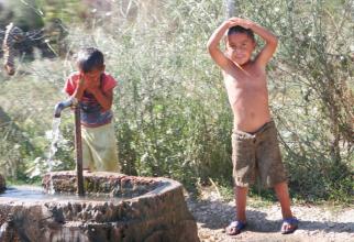 Copii din mediul rural rareori se consideră fericiți / Foto: Oana Pavelescu