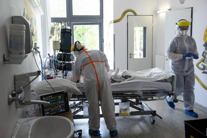 """COVID-19: Studiu clinic de tipul """"Human Challenge"""""""
