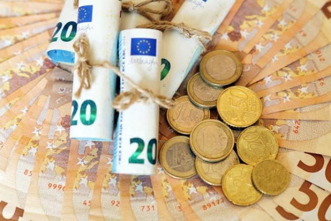 UE folosește taxarea pentru combaterea încălzirii globale