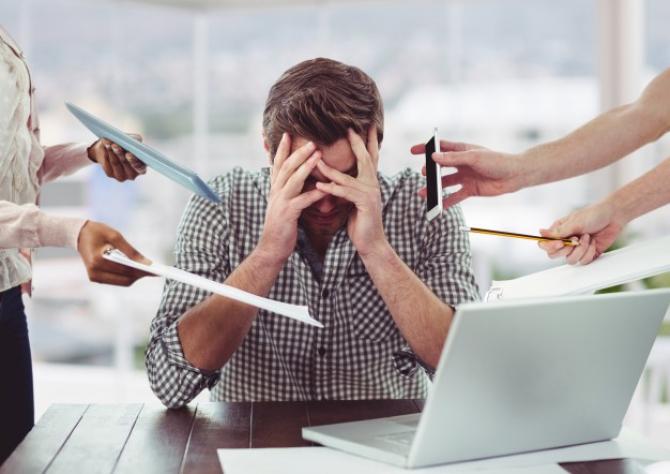 Nivelul de stres s-a DUBLAT pentru angajați în pandemie STUDIU