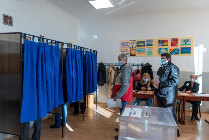 Alegerile au polarizat patru județe