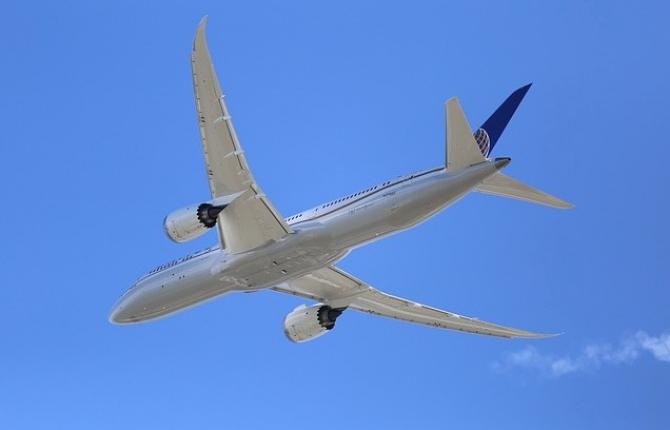 Primul zbor comercial al unui Boeing 737 MAX, după 20 de luni