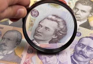 Curs valutar. AURUL s-a IEFTINIT, iar LEUL s-a depreciat în raport cu EURO