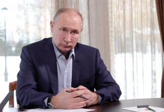 Vladimir Putin, în timpul video-conferinței cu elevii / Foto: kremlin.ru