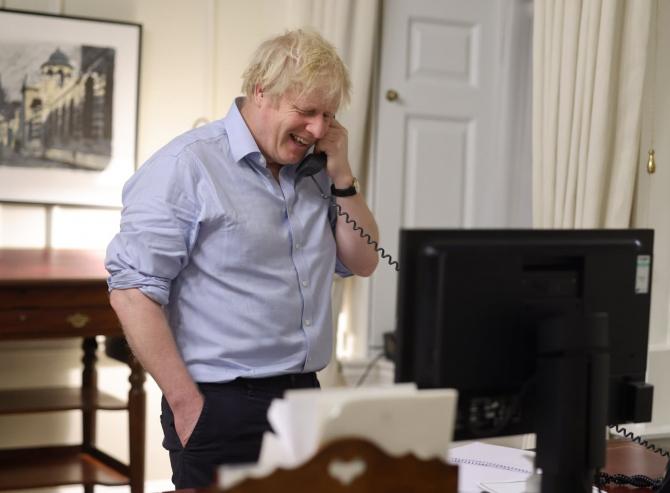 Numărul telefonului mobil personal al lui Boris Johnson, disponibil pe internet
