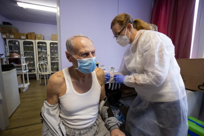 Guvernul va emite un OUG pentru stabilirea sumelor pe care cadrele medicale le vor primi