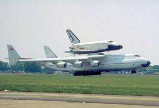 AN-225 MRIYA (trad. Visul) este considerat cel mai mare avion din lume