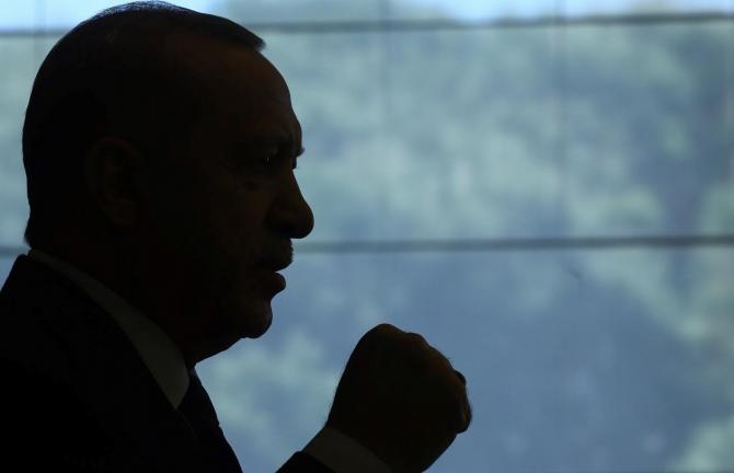 Erdogan, despre Joe Biden: Scrieţi istorie cu mâinile pătate cu SÂNGE