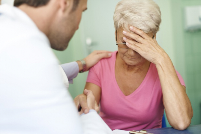 OMS şi OIM estimează că 398.000 de persoane au murit de atac cerebral şi 347.000 de boli de inimă în 2016 din cauză că au lucrat mai mult de 55 de ore pe săptămână.