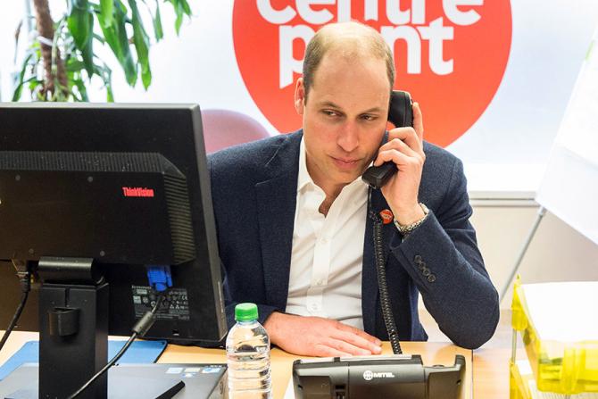 Prințului William i se cere să se de fapt retragă de la succesiunea coroanei