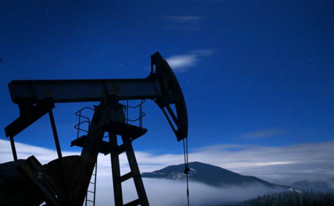 Prețul petrolului Brent a crescut în această dimineață cu 25 de cenți, sau 0,4%, până la 63,53 dolari pe baril.