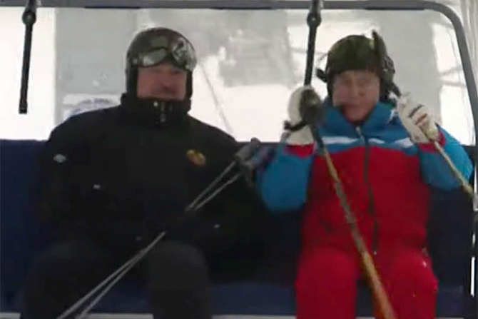 Alexandr Lukașenko și Vladimir PUtin s-au relaxat la schi