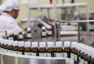 Se așteaptă ca Franța să producă 250 de milioane de doze de vaccin COVID-19 până la sfârșitul anului 2021.