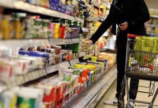 Criza se adânceşte în Liban: Coşul de consum pentru alimentele de bază, de cinci ori salariul minim