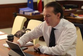 Premierul citează BNR