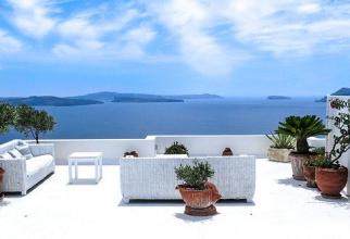 Grecia REDESCHIDE terasele, cafenelele și restaurantele după 6 luni de PAUZĂ