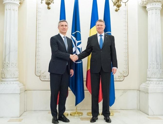 Preşedintele Klaus Iohannis a avut, miercuri, o convorbire telefonică cu secretarul general al NATO, Jens Stoltenberg, în pregătirea Summitului NATO
