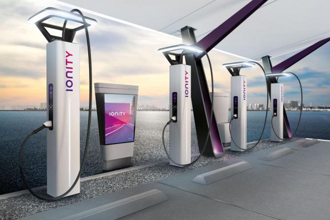 Asocierea dintre Volkswagen AG, BMW AG şi alţi constructori auto, denumită Ionity, dorește extinderea reţelei de staţii de încărcare ultra-rapide din Europa, în ideea de a ţine pasul cu creşterea rapidă a vânzărilor de vehicule electrice.