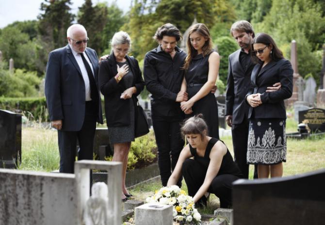 Ajutorul de înmormântare NU va mai fi la fel. Legea a fost PROMULGATĂ