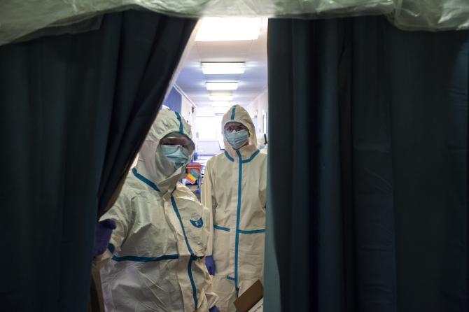 Valul trei al pandemiei creează probleme din nou în secțiile ATI