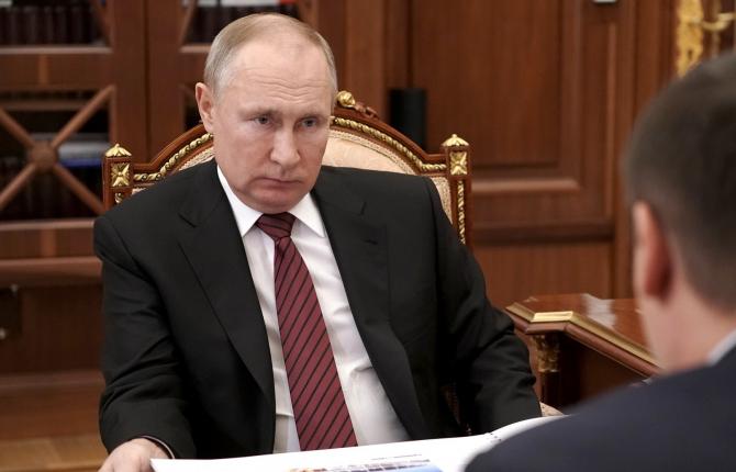 Moscova atenționează SUA: Să stea departede Crimeea