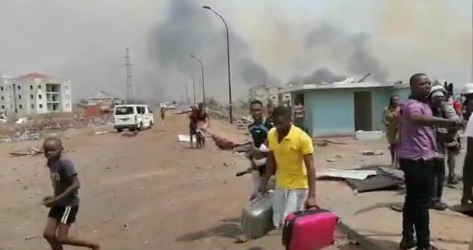Mulţi morţi, dar şi supravieţuitori, au fost scoşi luni de sub dărâmături, la o zi după ce patru explozii accidentale au devastat o tabără militară şi cartierele din împrejurimi în oraşul Bata din Guineea Ecuatorială, ducând numărul provizoriu al victimel