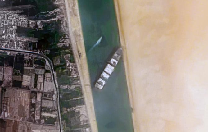 Nava Ever Given a fost readupă pe linia de putire