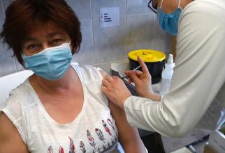 Va fi posibilă vaccinarea la locul de muncă