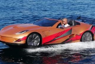 Cel care un astfel de vehicul se poate simți ca James Bond