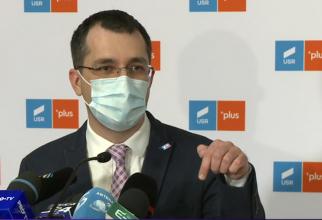 """Vlad Voiculescu a afirmat vineri că """"există diferenţe fundamentale"""" între numerele raportate şi cele reale în ceea ce priveşte decesele din spitalele COVID"""