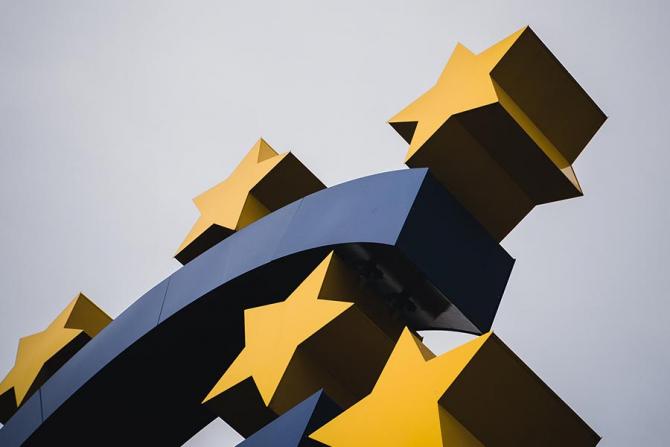Comisia Europeană este pregătită să angajeze banii necesari pentru relansarea economică