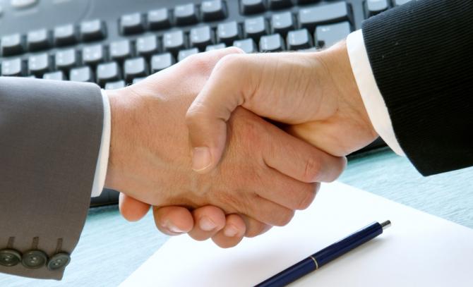 Contractul de MUNCĂ se SCHIMBĂ! Anunț IMPORTANT pentru ANGAJATORI și SALARIAȚI