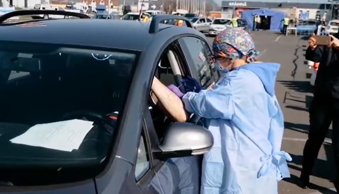 Bucureștiu va avea un centru de vaccinare drive-through