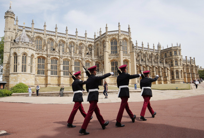 Ceremonia de înmormântare va urma un protocol și o ceremonie foarte bine puse la punct