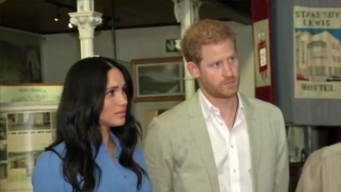 Meghan Markle și prințul Harry mai pierd ceva