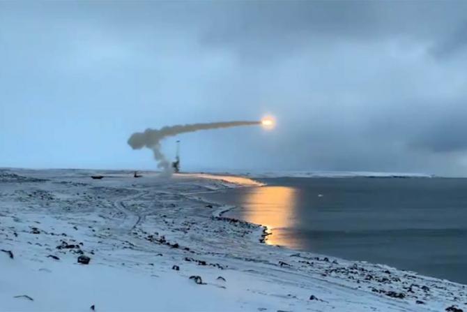 Americanii, speriați de mișcările de trupe din Arctica
