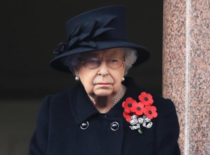 Regina Elisabeta renunță la TRON! Cine o va înlocui
