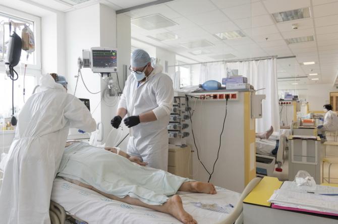 Cele mai periculoase comorbidități în cazul îmbolnăvirii de COVID-19 sunt șapte