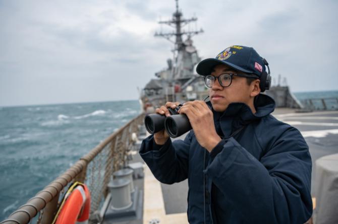 Taiwanul, care constituie cea mai sensibilă problemă teritorială a Chinei şi un potenţial punct fierbinte din punct de vedere militar.