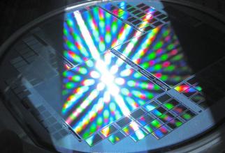 IBM aduce o nouă tehnologie în industria semiconductoarelor