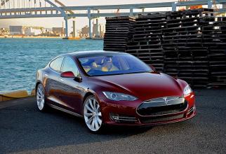 Modelele Tesla S și X sunt cele afectate de actualizarea software-ului