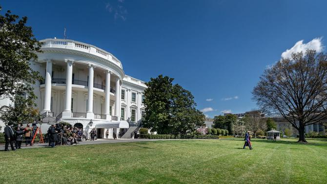 Casa Albă urmează să re-examineze dosarul