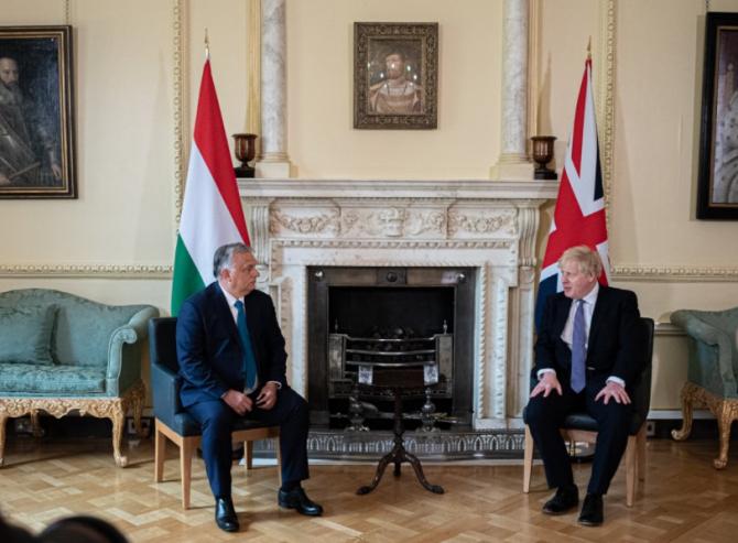 Boris Johnson și Viktor Orban