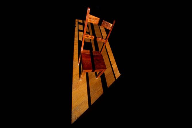 Condamnații la moarte pot opta între scaunul electric și plutonul de execuție