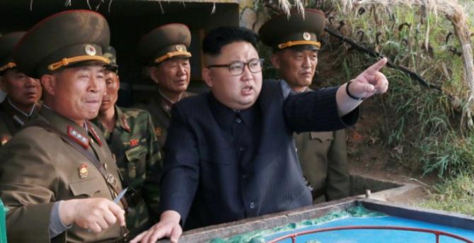 """Într-o declaraţie separată, de asemenea preluată de KCNA, ministerul l-a acuzat pe preşedintele american că l-a insultat pe Kim Jong-Un, adăugând: """"Am avertizat SUA suficient pentru a înţelege că vor fi lezate dacă ne provoacă""""."""