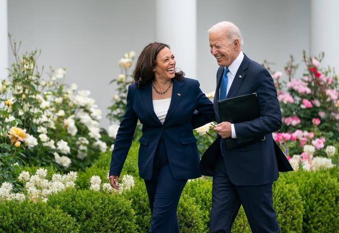 Preșdintele Joe Biden și vicepreședintele Harris