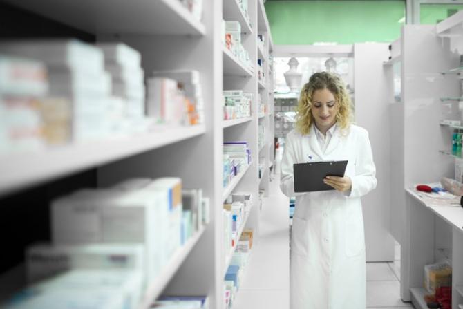 Este unul dintre cei mai mari distribuitori și producători de medicamente