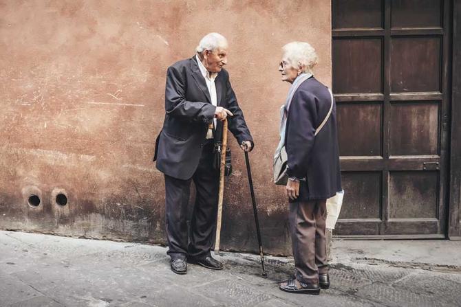 Se schimbă iar Legea pensiilor